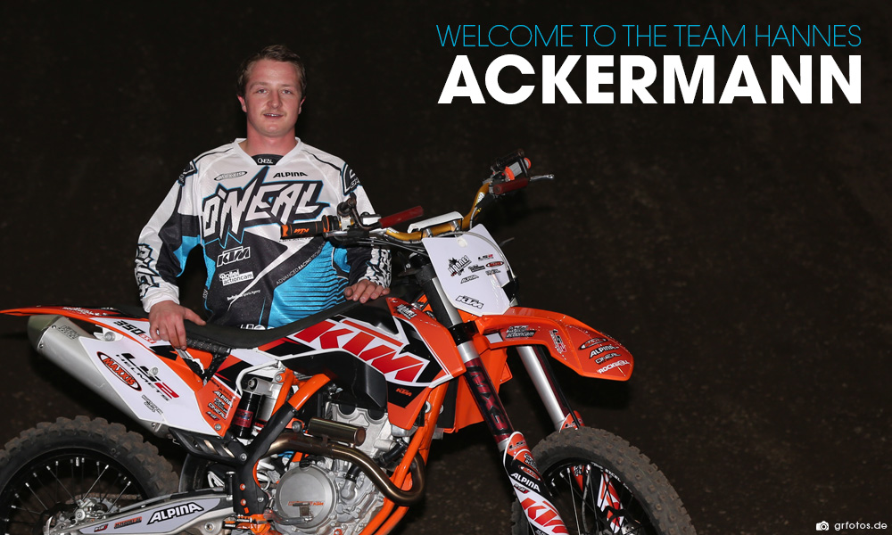 O'Neal team rider Hannes Ackermann