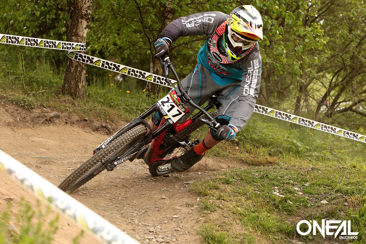Max Hartenstern unstoppable at European DH Cup