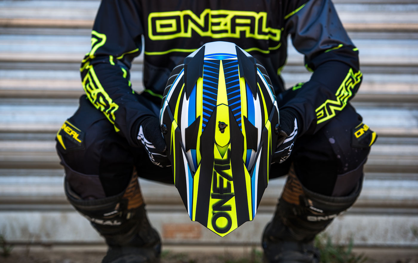 oneal-element-racewear-7series-chaser-2017